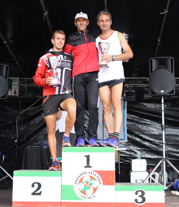 podium masculino senior Cross Santiago 2017